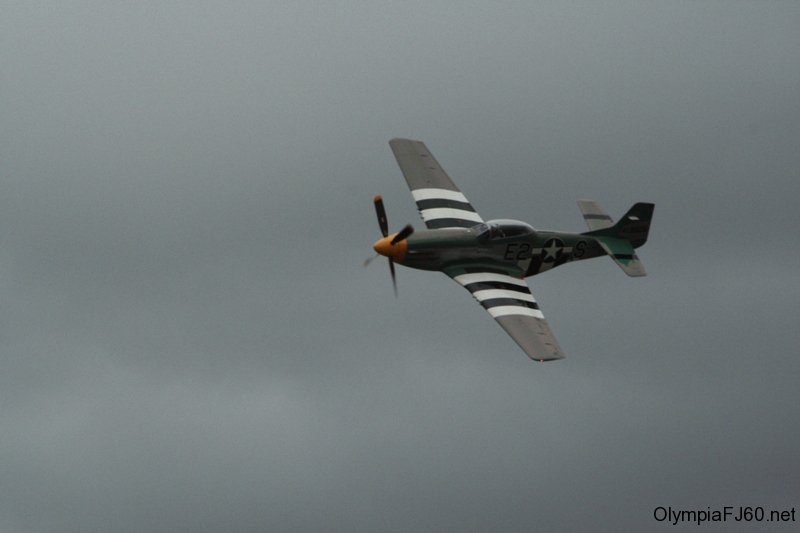 olympic_air_show_2010_44