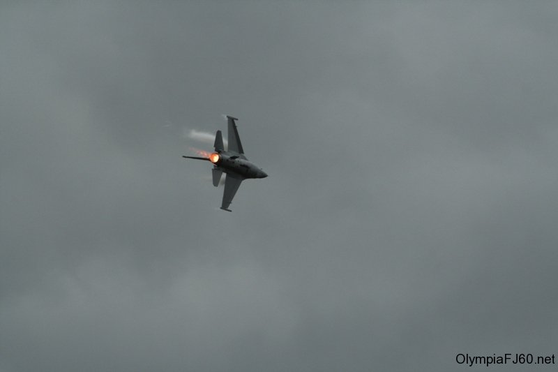 olympic_air_show_2010_52